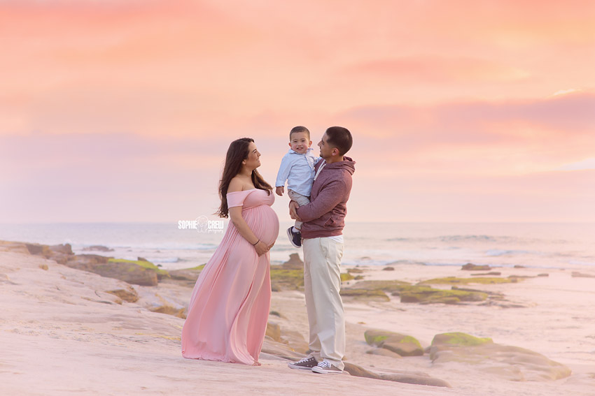 Pregnancy photography at Windansea beach with professional photography artist Sophie Crew